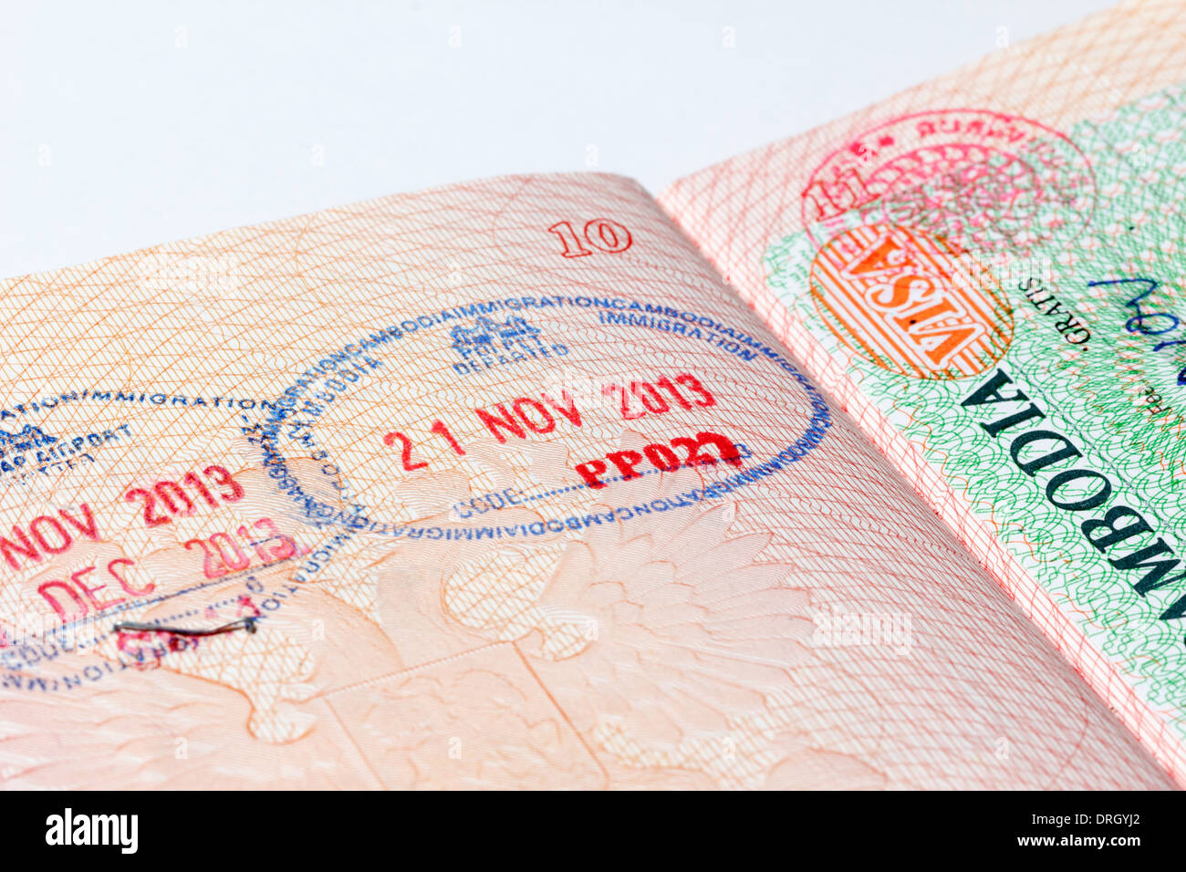 travel to schengen area with a refugee travel document
